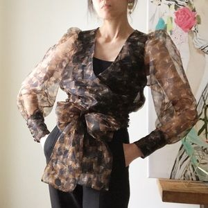 NWT Zara sheer horse print puff sleeve wrap top